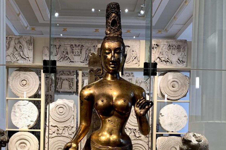 british museum private tour guide treasure