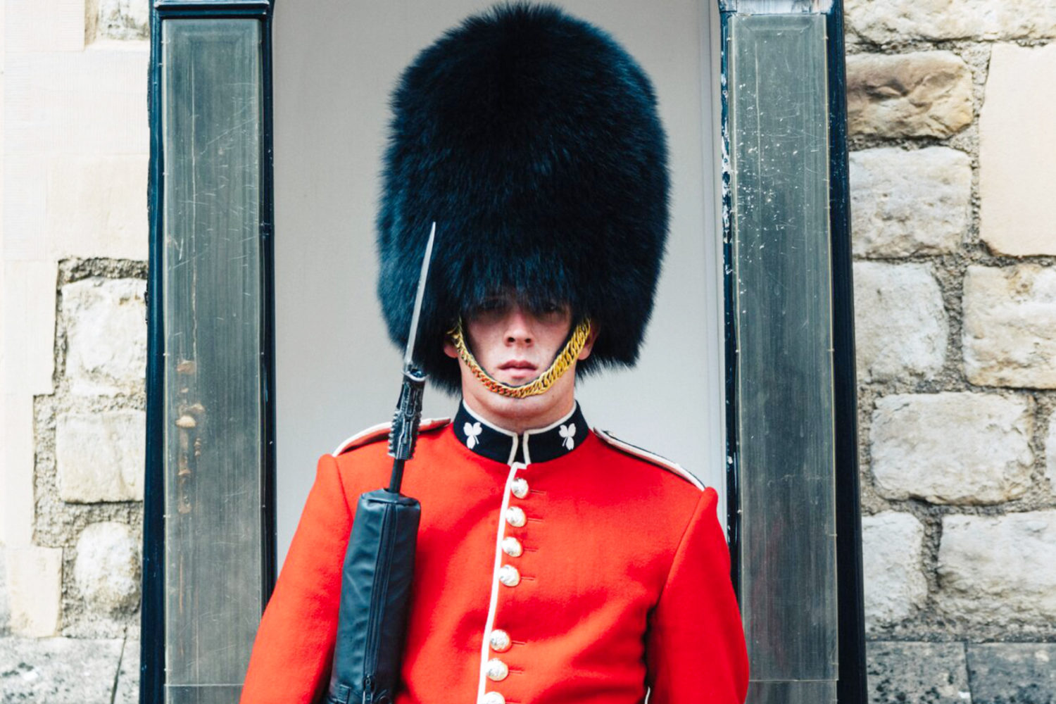 tower of london private tour guard guided