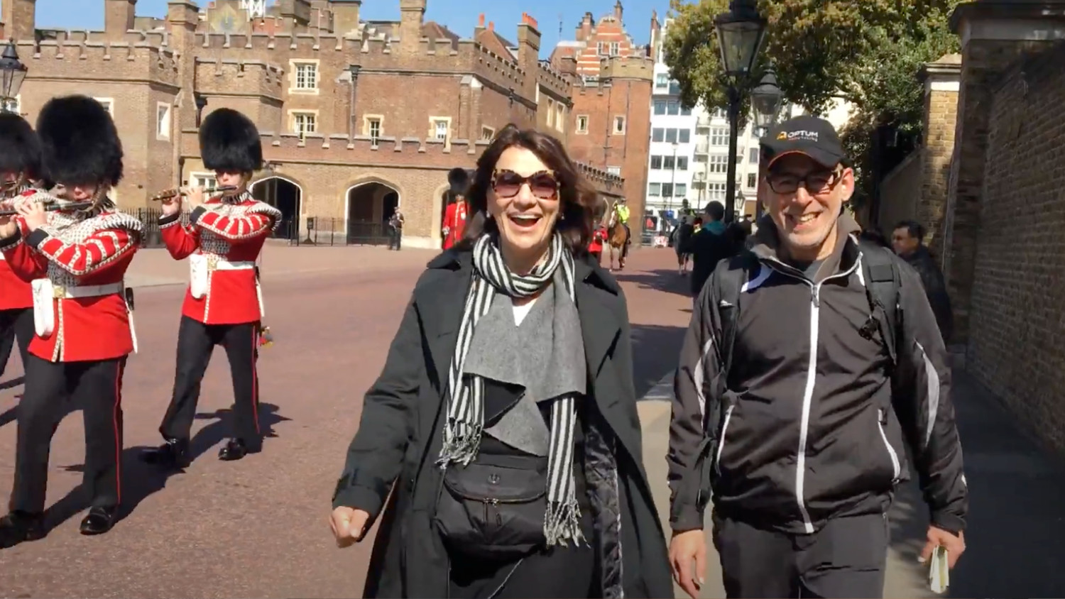 private london tour guide changing of the guard